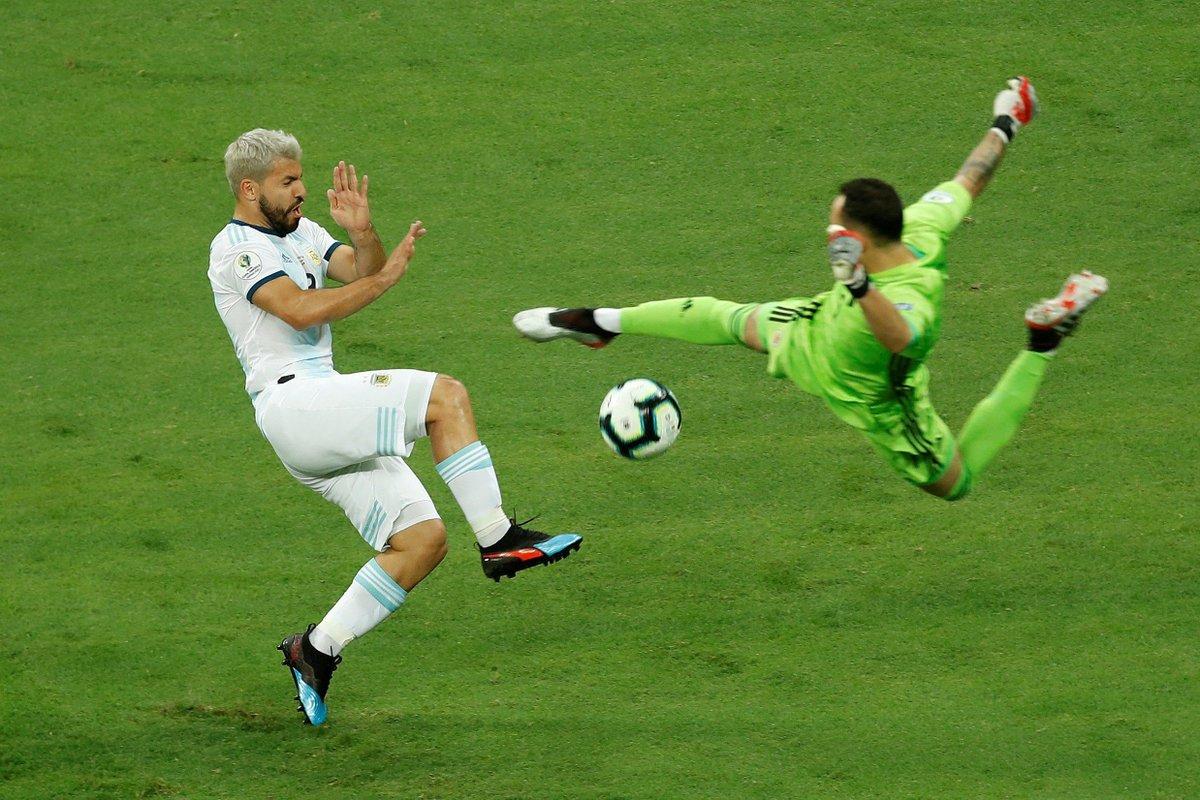 КА. Аргентина - Колумбия 0:2. Когда у сборной нет тренера, и Месси не поможет - изображение 2