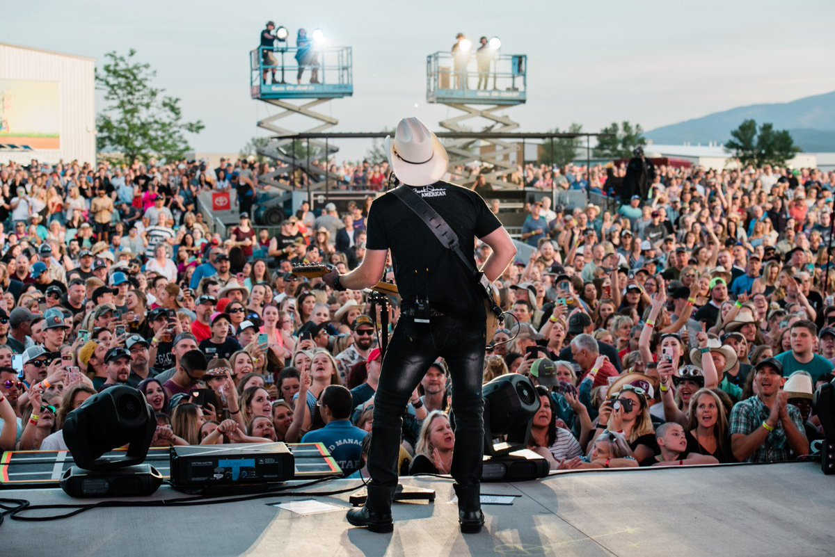 Gotta say this is one of the most beautiful places. Thanks for giving us your night Missoula!<br>http://pic.twitter.com/84MvfgS8tp