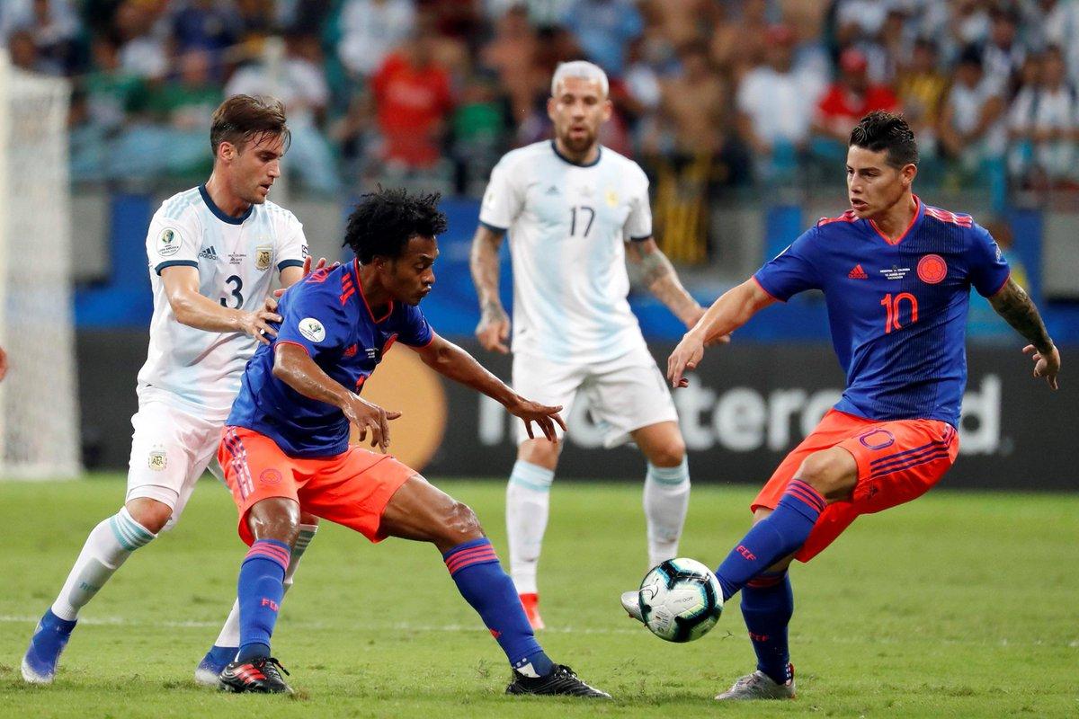 КА. Аргентина - Колумбия 0:2. Когда у сборной нет тренера, и Месси не поможет - изображение 3