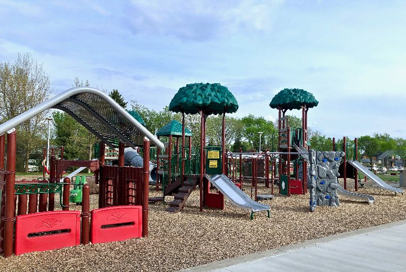 The Top 10 Edmonton Playgrounds, Family-friendly Canada Day activities, Edmonton Summer Fun Map Interview, Pay Your Age at Build A Bear and more! - https://t.co/fFra2Mxj9s https://t.co/Yv0yccbO3p