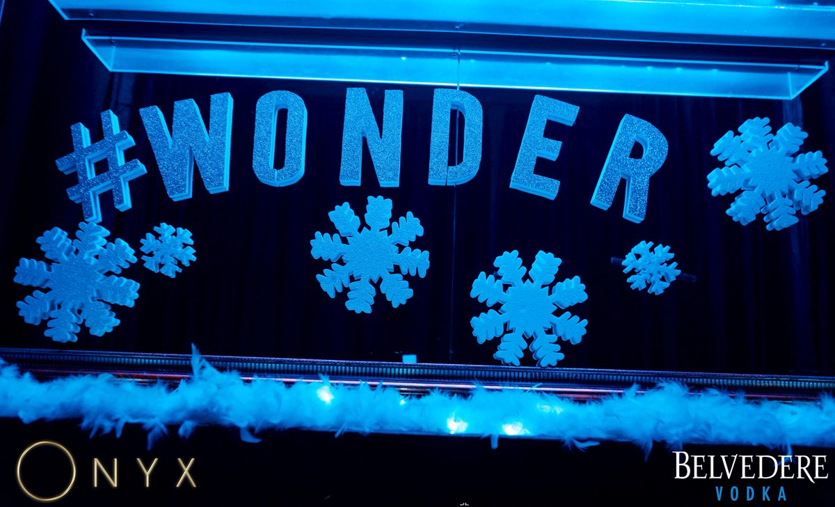 We can only wonder how beautiful tonight is going to be #WinterWonderland 💎 https://t.co/QfNZjsDKxE