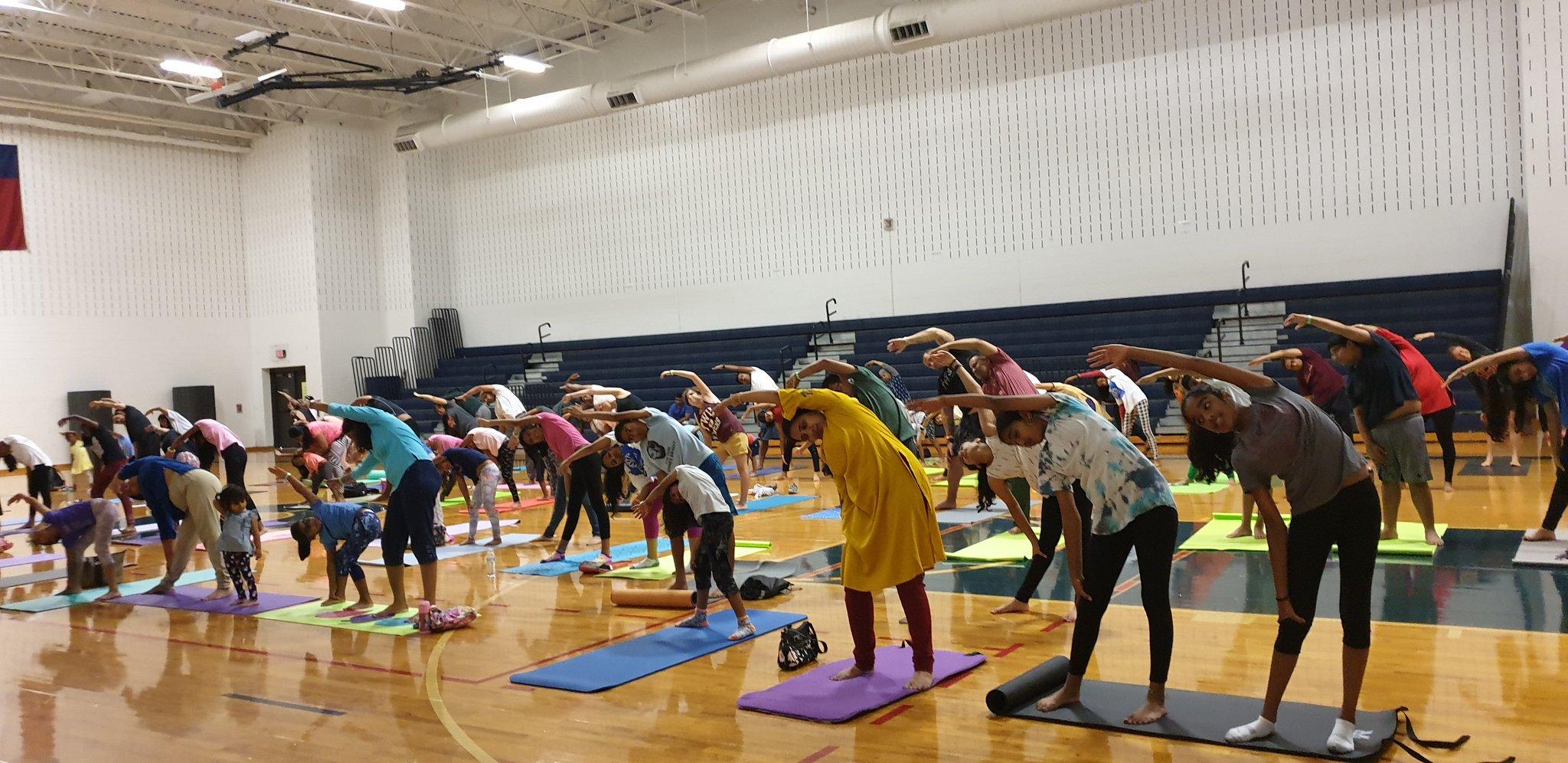 Cgi Houston Cultural Center On Twitter Celebration Of 5th International Day Of Yoga In Dallas With Sw Mukundananda Sanyamalhotra07 At Dallasyogafest Pmoindia Narendramodi Drsjaishankar Harshvshringla Meaindia Iccr Delhi Indianembassyus