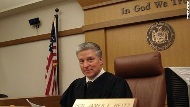 A judge in New York state dies after having a heart attack on the bench. Putnam County Court Judge James Reitz was 57. https://cnn.it/2XbEez5