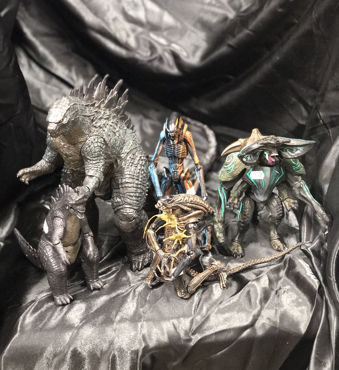 Still shopping for Dad?  Check out our loose section for horror, Kaijus, and more!   #Neca #Bandai #Godzilla #Alien #Xenomorph #Kaiju #PacificRim #Toys #ActionFigures #ToyHunter #ActionFigureCollector #Collect #Collectible #Collectible #ToyCollector #Sale #Fan #Fun #Follow #SATX
