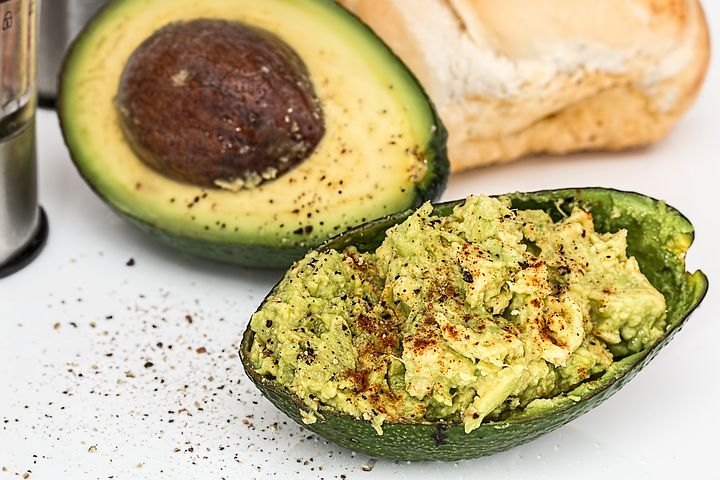 What makes #avocados so #Healthy? They're great for improving #HeartHealth and stabilizing blood sugar.