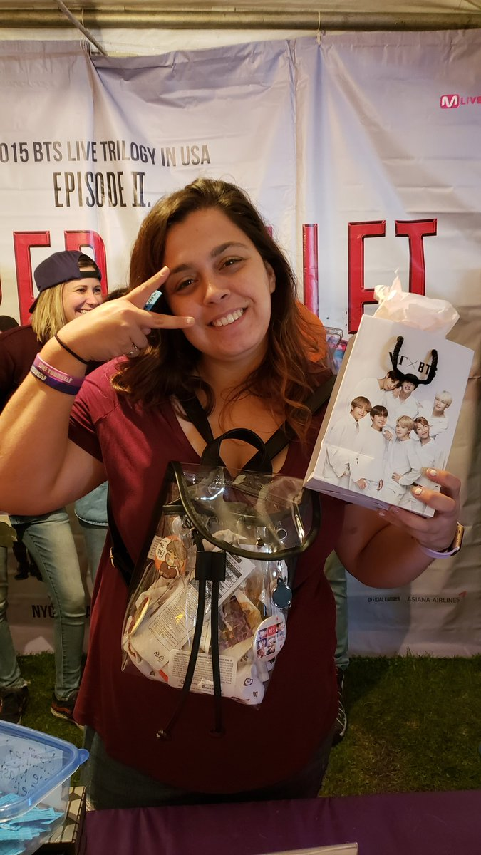 CONGRATULATIONS ON WINNING THESE VT COSMETICS GIFT BAGS!!  Thank you @vt_pinkplace for donating these goodie bags for this event! #KTOWNNightMarket <br>http://pic.twitter.com/jU7Dh3qTyc