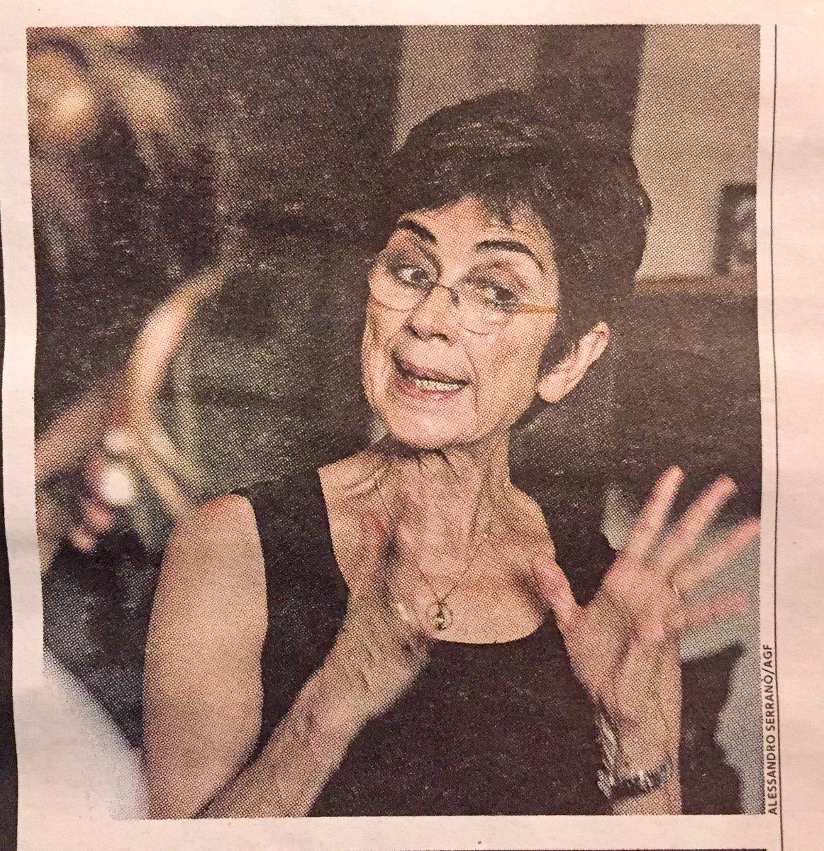 🏝«È stato sempre lì.(...) Una notte ho deciso di riaccendere il suo computer. (...) C'è sempre stata, sul desktop, la cartella Quaderni. Non l'avevo mai aperta»: così la moglie di José Saramago, Pilar del Río (in foto), ha scoperto il diario inedito. Lo racconta a @concitadeg