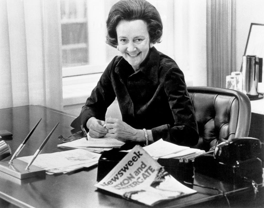 """1917 Nacía Katharine Graham, editora del Washington Post y Newsweek #CervantesRecomienda Una historia personal """"Sobre cómo alcancé la cima del periodismo en un mundo de hombres"""" http://ow.ly/tsQe30oTdC3  📚 #CervantesRecomienda #Oviedo #Asturias #Libros http://www.cervantes.com"""