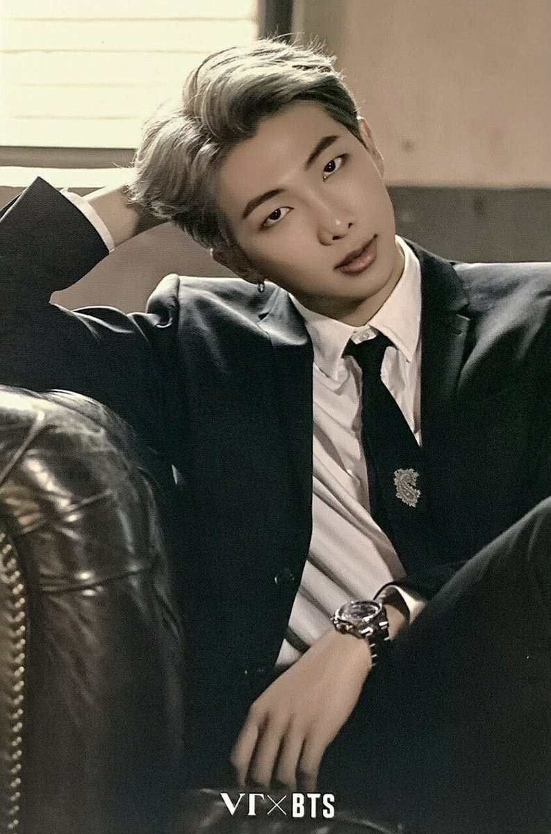Um... I saw #WeSwoonForJoon going around and, um, who wouldn't?  #붓싼아이가<br>http://pic.twitter.com/xztnDXjuoz