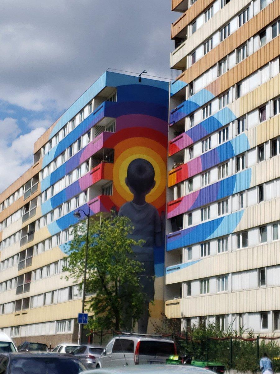 Paris Street Art  #Art #StreetArt #Travel #TravelMore #TravelTheWorld #Explore #ExploreMore #Wonderlust #SeeTheWorld #Mural #BuildingArt #Paris #France #Europe #BeautifyCities