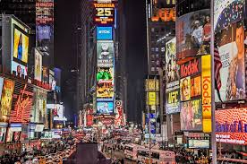 Muted totem gods Light up the sky Screaming messages of commerce In ever changing color The unwatched, unheard Prompters of subliminal Guiding us to Factory crafted happiness #vss365 #vss365a