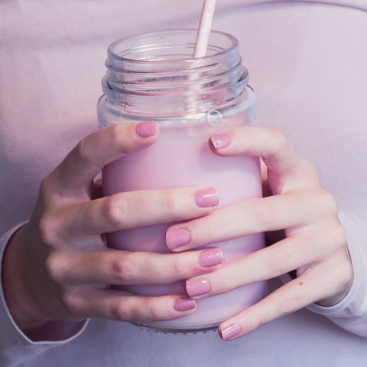 A girl without beautiful nails is like a night without stars.  #TipsandToesME #TipsandToes #UAEBeauty #UAESalon pic.twitter.com/CDmNCnbYtV
