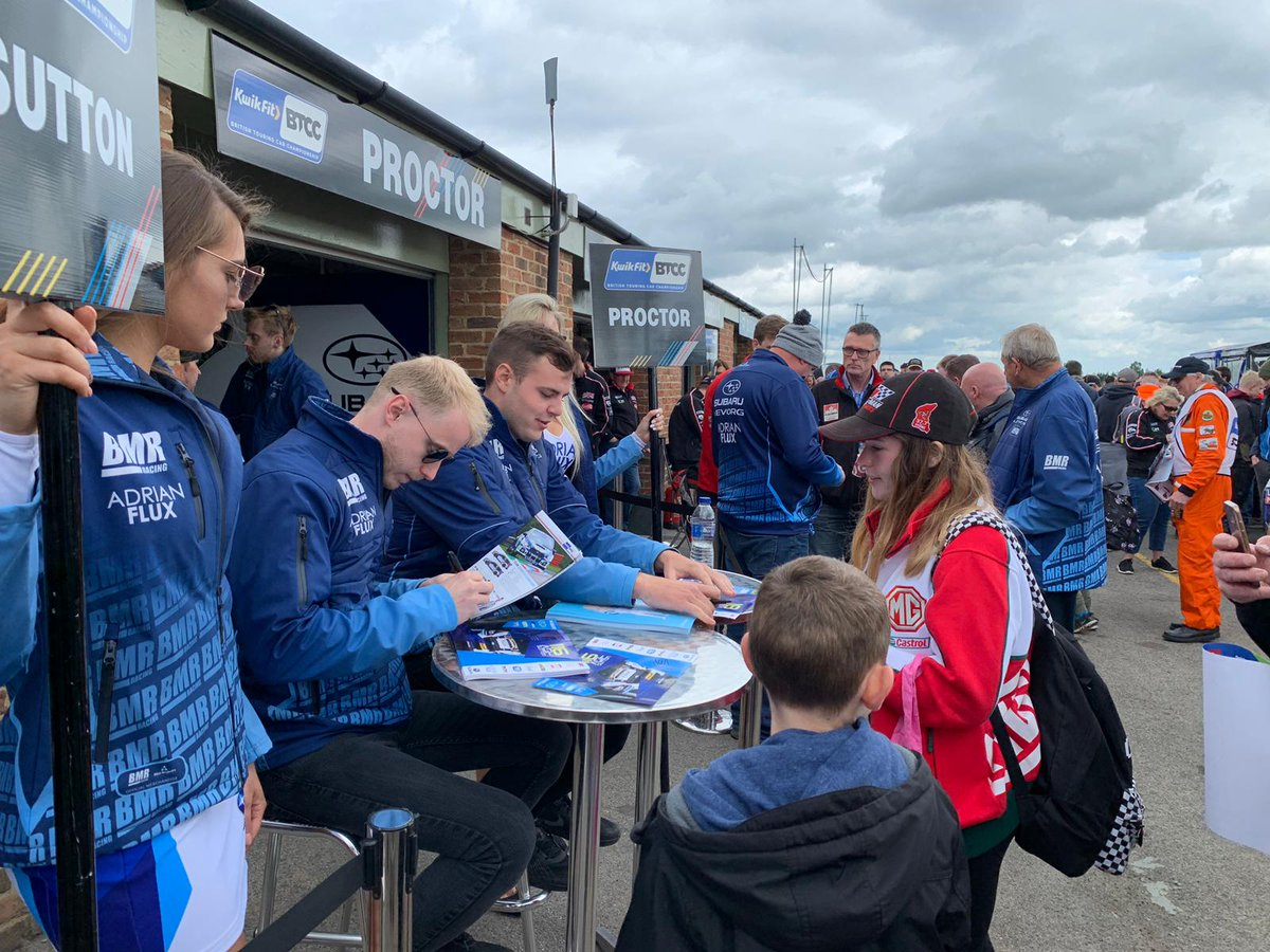 The pit walk is underway at @Croft_Circuit. Make sure you come and see BRDC SuperStar @ASuttonRacing! #BTCC