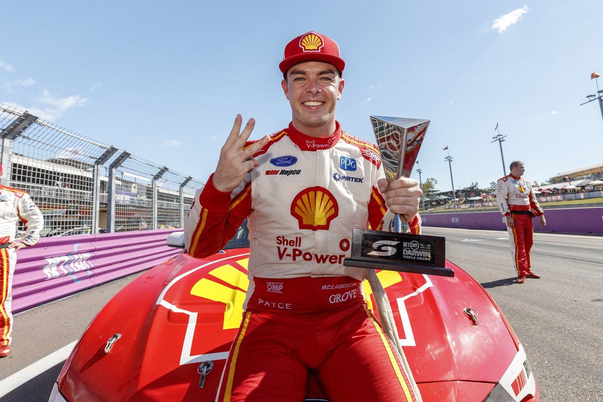 This bloke is next level! 🏆 Shoutout to @smclaughlin93 for your humble yet ultra competitive approach to racing!  If you haven't read his book, Road to Redemption, do yourself a favour and have a read!  The whole team @DJRTeamPenske are a class above! 👑👑👑  #SaddleUp #VASC