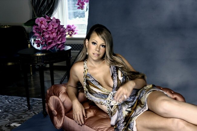 Can't believe that @MariahCarey's #OBSESSED was released 10 years ago today! #Classic    https:// youtu.be/H1Yt0xJKDY8    <br>http://pic.twitter.com/P2YA9ul6Hk