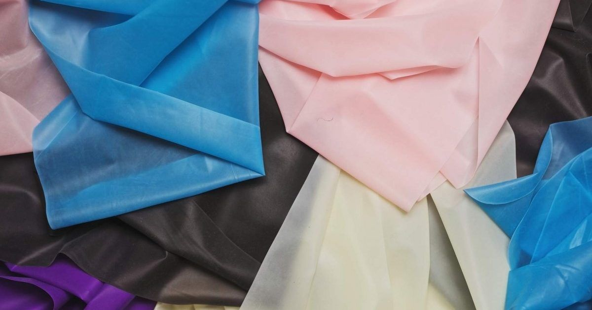 Have you heard of a dental dam? Find out how they can help to prevent the spread of STIs during sex https://spunout.info/2JYPlnS