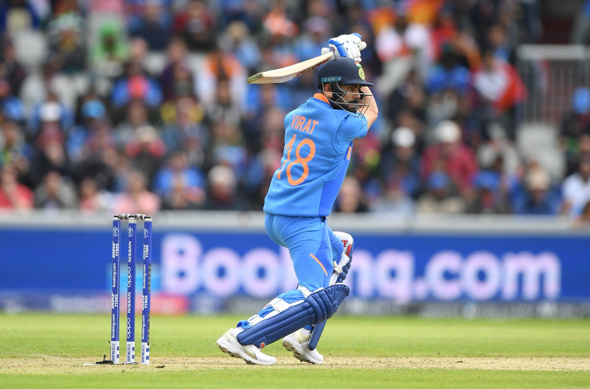 And, here comes the FIFTY for #TeamIndia Skipper #ViratKohli#CWC19