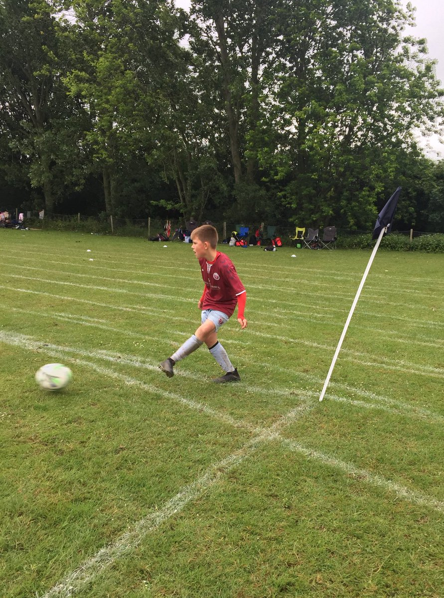 Played in the Ringmer Rovers Tournament today for Woodingdean Wanderers FC and after some impressive football we topped our group progressing but again lost in the semi final because of a freak goal not complaining as we played the better football by far @LFC #YNWA #BGB 🔥🔥🔥