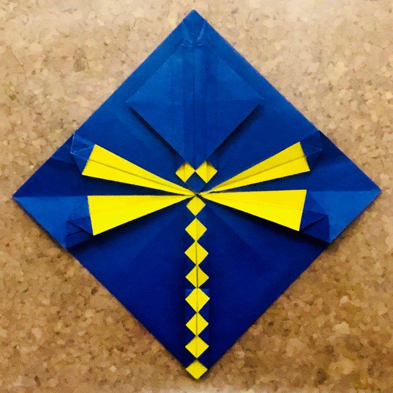 折ってみた twitter.com/origami_abraha…