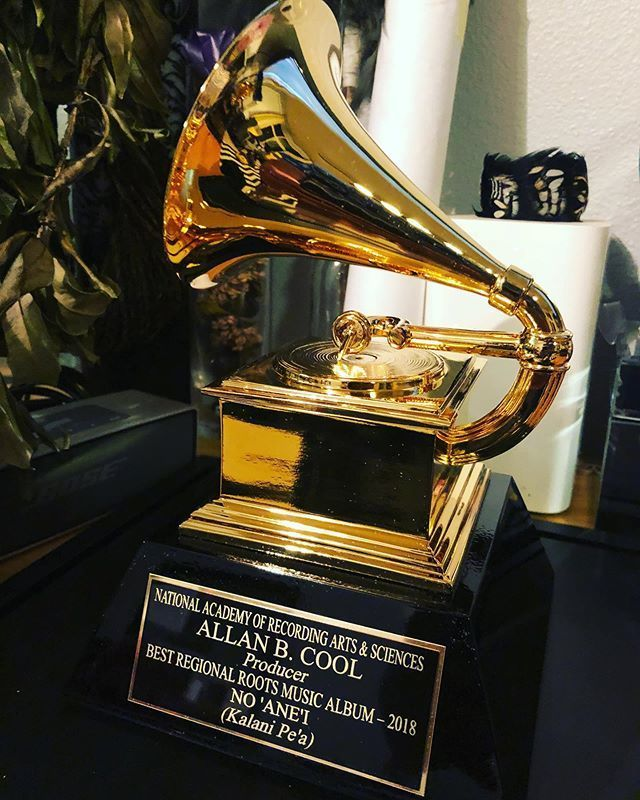 My #GRAMMYs finally arrived! Mahalo @kalanipeamusic & the @recordingacademy   https:// buff.ly/2WSg0K6      https:// buff.ly/2WTKsmY    <br>http://pic.twitter.com/qSYnjtUc0C