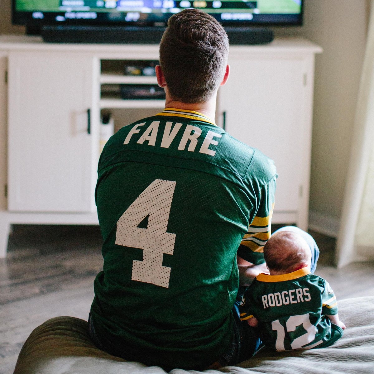 Happy #FathersDay , Packers fans! <br>http://pic.twitter.com/miwjXGMYu8