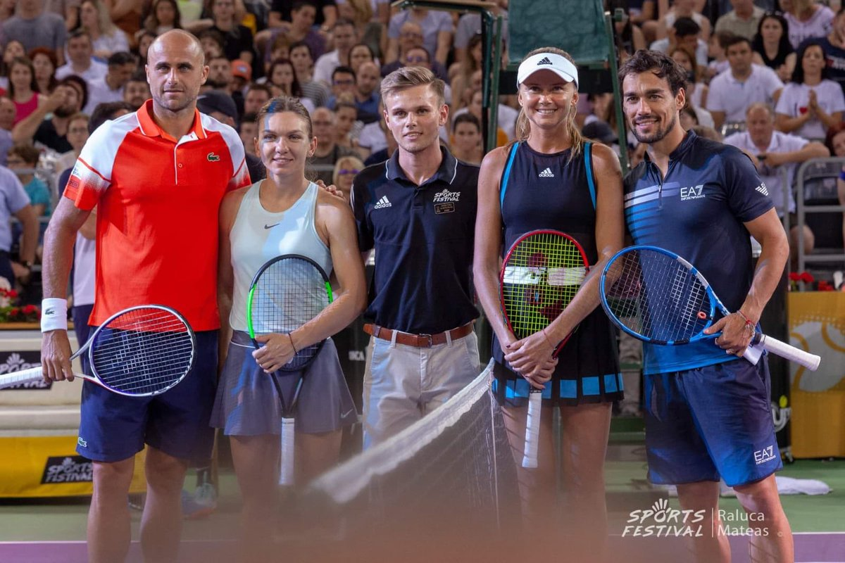 Great time at Sports Festival.  Thank you for having me. I also want to say thank you to the players - @Simona_Halep, @fabiofogna, @dhantuchova.  I am sorry I couldn't take pictures with everyone who waited after the event. We had a great laugh and I hope we do this again soon.