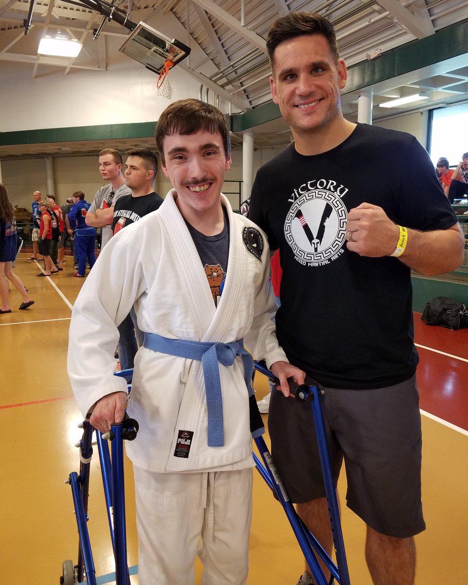 It was nice to meet .@marler_scott yesterday at the Naga Tournament!   - https://www.instagram.com/p/Byxk6w0BePF/?igshid=2uthsw46u425…  - #bjj #JiuJitsu #brazilianjiujitsu #cerebalpalsy #athlete #mma