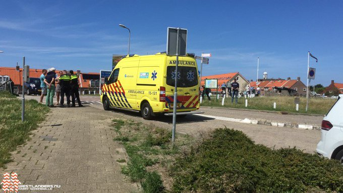 Scooterrijder doorgereden na ongeluk Strandweg https://t.co/5cIBozKv2Y https://t.co/2R0QV11G7N
