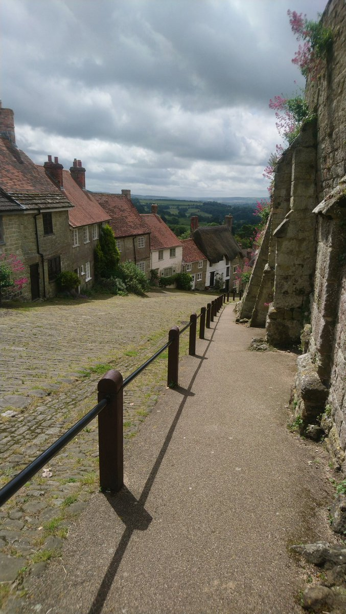 I quite like the idea of  #cycling  up the hovis bread hill. But  Instead it was a walk up to the pub for lunch