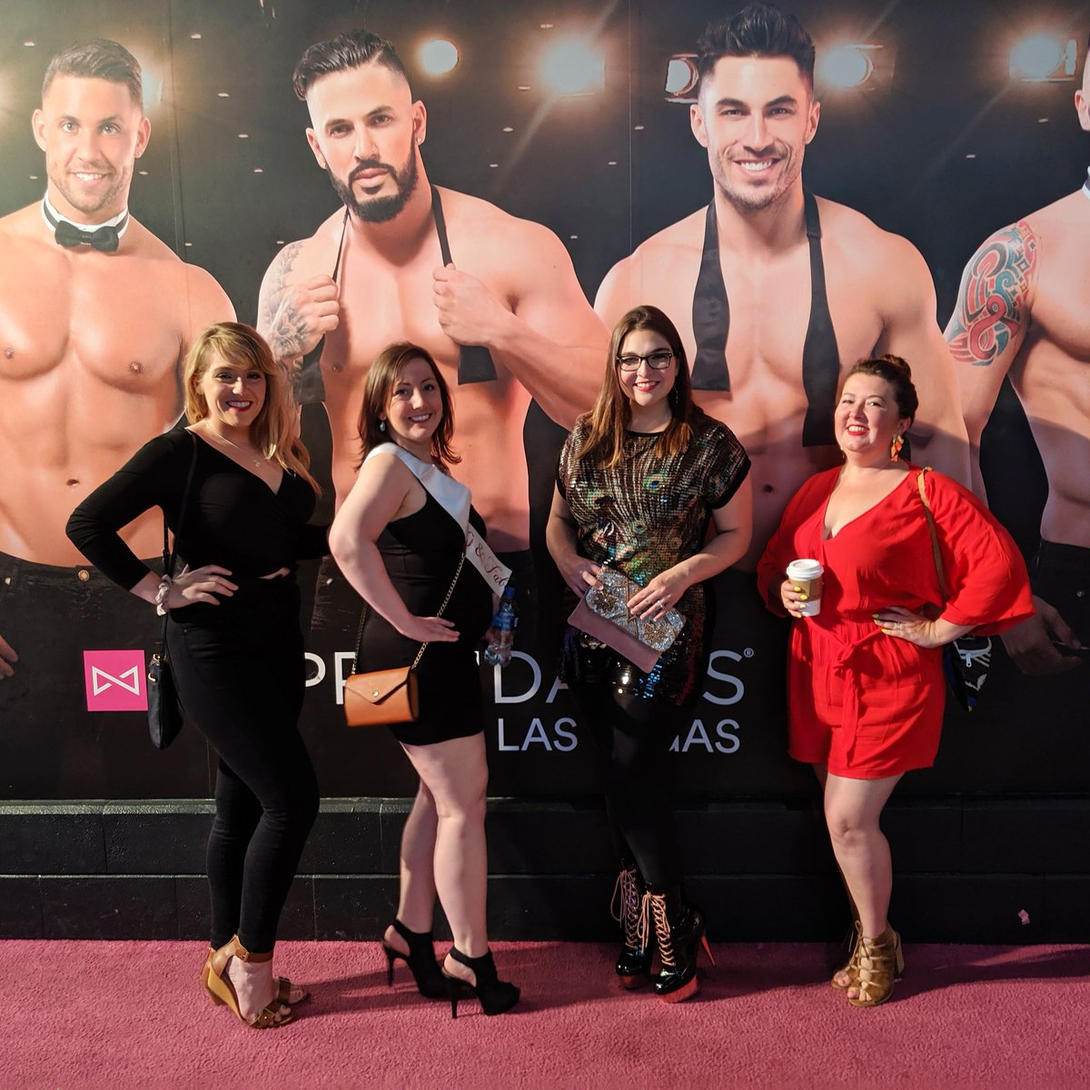 We had a different kind of dessert last night lol #chippendales #dirtythirty #vegas #birthdaysarethebest #party #outpast2