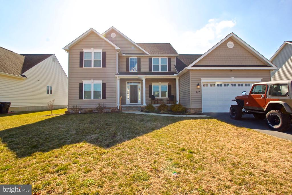 I would love to show you my #listing at 207 Beaufort Lane #Milford #DE  #realestate https://t.co/Zg9IltyKkZ https://t.co/UHSedhCX3Z