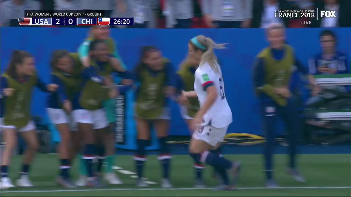 .@julieertz, back at it with the near post header goal.  Our set piece 👸 we stan.