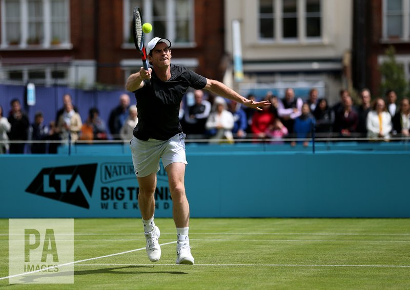 Good to see #AndyMurray back on the grass, moving around without pain during practice today. Ahead of the #FeverTreeChampionships at the #QueensClub @PAImages #tennis<br>http://pic.twitter.com/navzCSjUwy