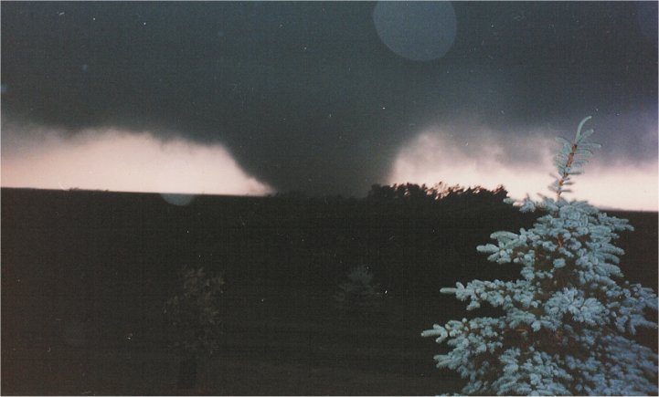 On this date in history, June 16, 1992, the Chandler-Lake Wilson F5 tornado caused over $50 million in property damage, resulting in more than 40 injuries and one fatality.  Read more about this tornado at:  https://www.weather.gov/fsd/19920616-tornado-chandlerlakewilson…