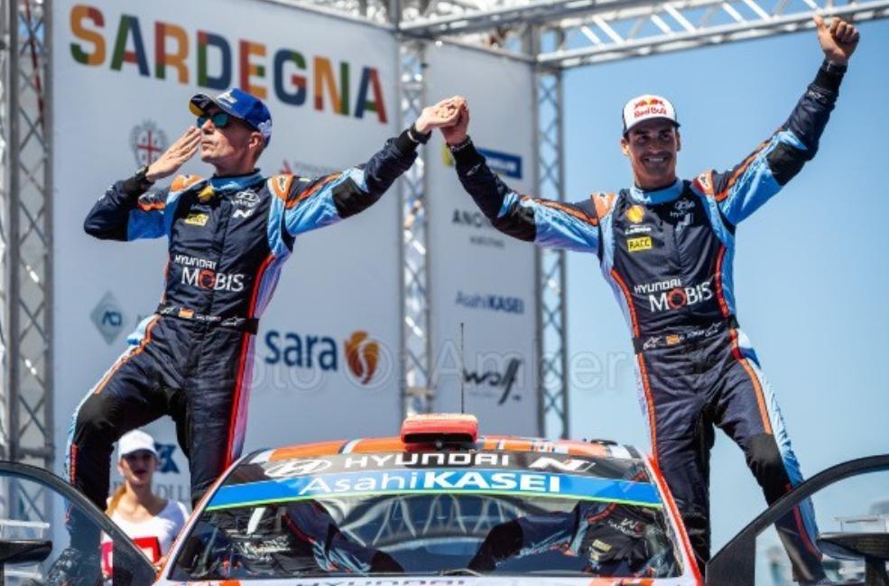 WRC: Rallye d'Italia - Sardegna [13-16 Junio] - Página 6 D9MrrQ5WkAIvKrF