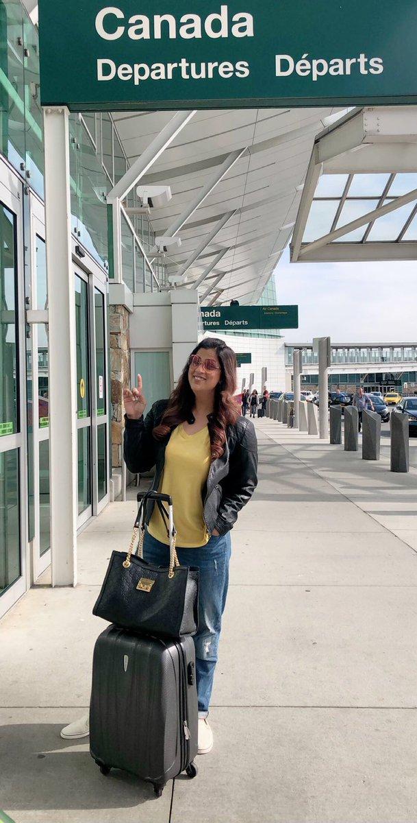 Bye bye Vancouver 🇨🇦 Next stop is #Calgary ✈️ #northamerica #tour #2k19  #richasharma #richasharmalive https://t.co/H2VWIKdAuK