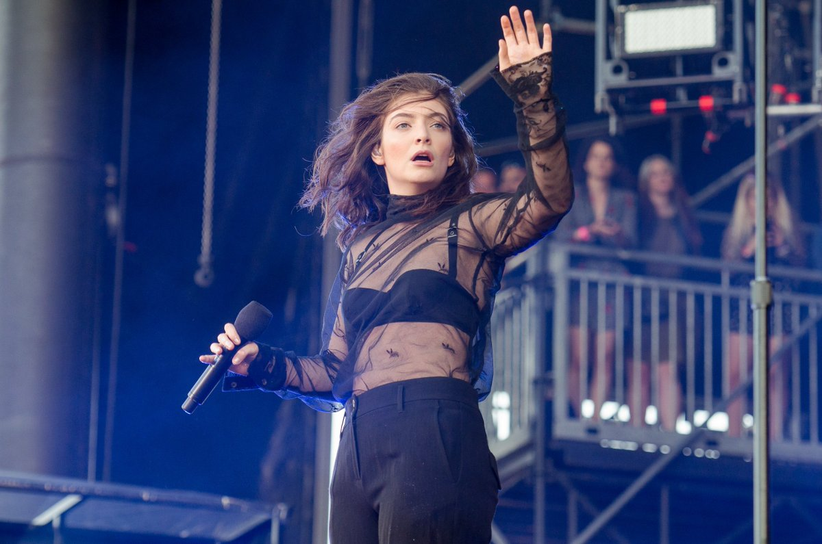 Lorde's third album is officially on the way: http://cos.lv/UT8450uFbrf