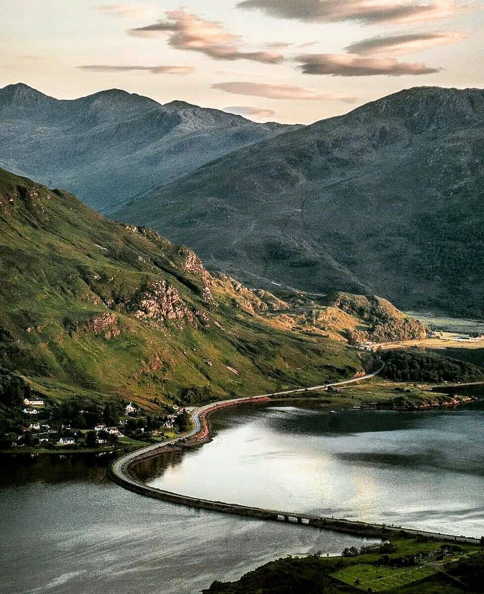 How about THIS for #roadtrip inspiration?!   Ault a'chruinn, #Highlands  IG/karendaly411<br>http://pic.twitter.com/eUj90Od83i