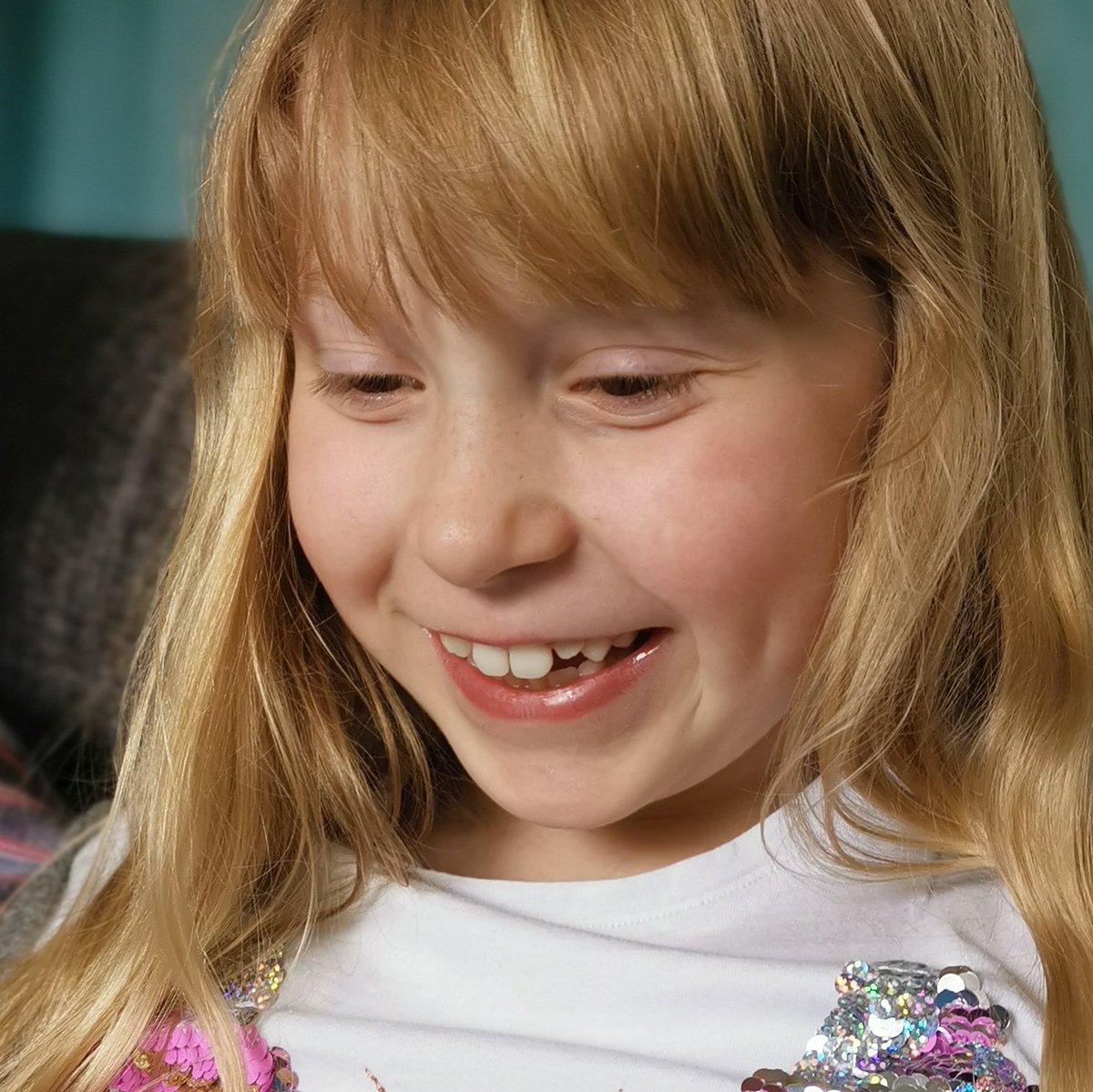 The kid, those teeth, that strawberry hair. 😍 Xx #daughter #motherhood #photo #beautiful #nofilter #strawberryblondehair