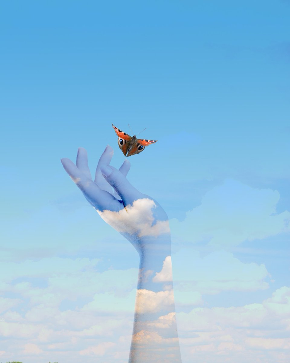 #LettingGo of the past frees the future...   .  #personalgrowth  #mindful #Peace #awareness #freedom #ThinkBIGSundayWithMarsha<br>http://pic.twitter.com/RtmtqBBAxr