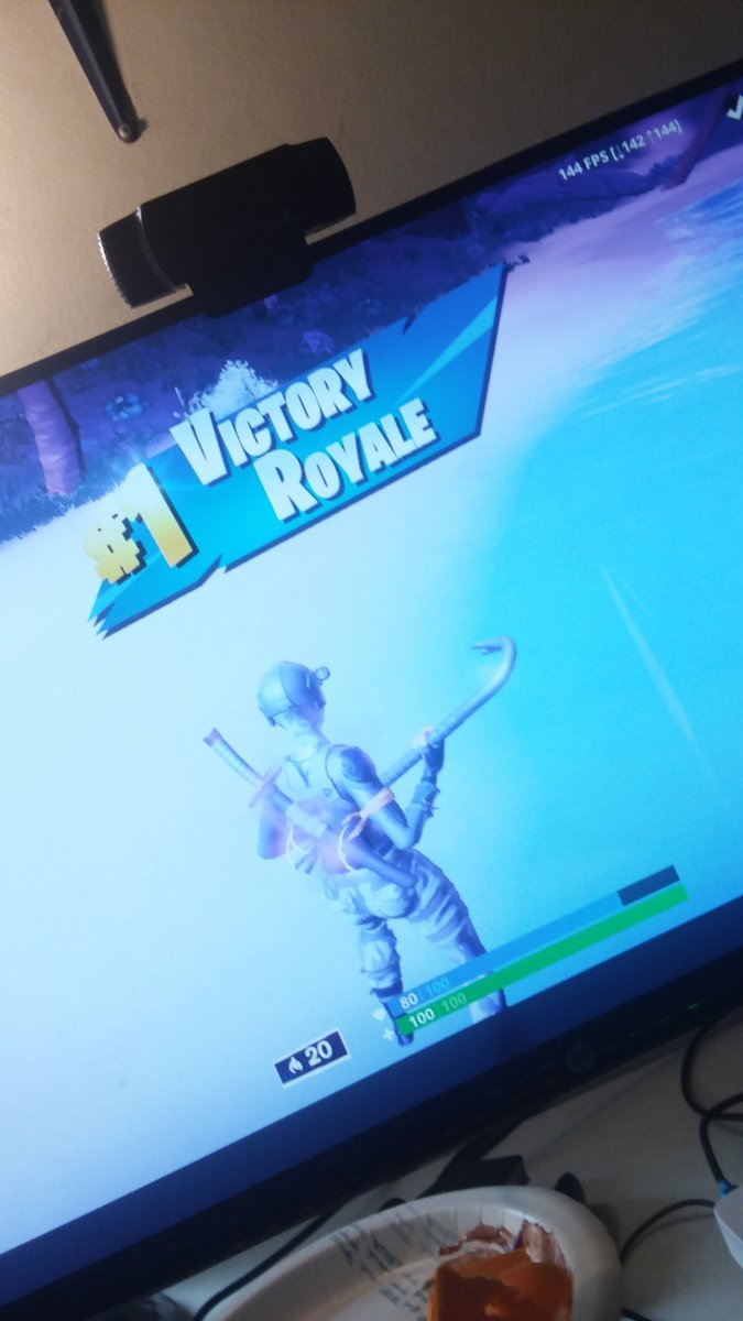 Bro I've only played fortnite arena a couple of times meaning like 2 and this is my first win already LOL