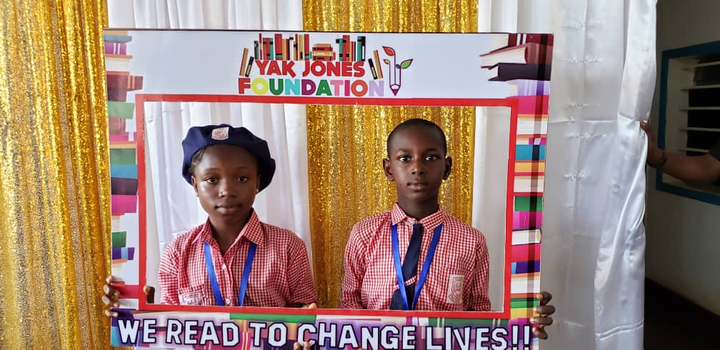 Allow us to flood your feed, as we count down to the finals of our ongoing Western Area Reading, Comprehension &Quiz Competition  2019. #InvestInPeople #sierraleone #wereadtochangelives #literacy #learningrevolution #SierraLeone #Freetown pic.twitter.com/jw8TfMFB3G pic.twitter.com/kyKVWIZai8