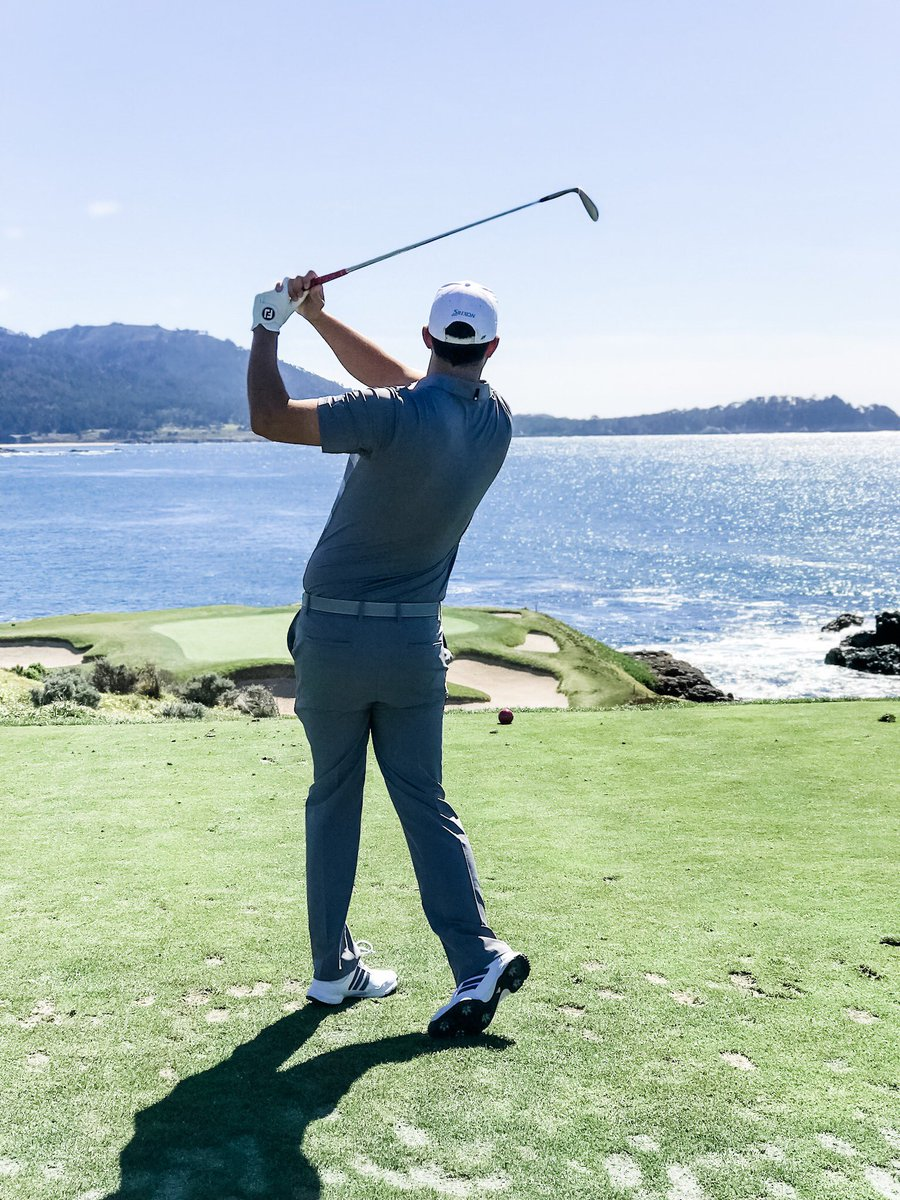 Wishing everyone at Pebble Beach the best of luck in the final round of the US Open! 🍀 #usopen #usga #pgatour
