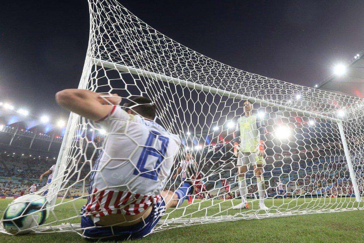 Солидный Уругвай, безрадостная Аргентина, пустые трибуны. Итоги первого тура Копа Америка - изображение 7