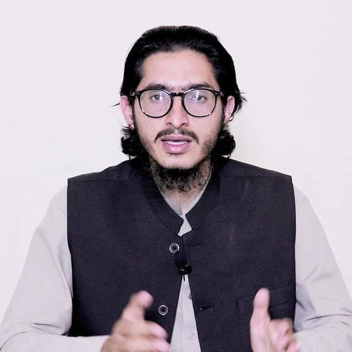 If you don't agree with someone it doesn't mean you just go n kill that person. Why people are so illiterate May Allah SWT give him high ranks in Jannah. Ameen    #Justice4MuhammadBilalKhan #heartbreaking<br>http://pic.twitter.com/yohUR3Iv59