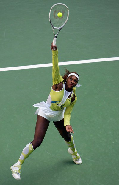 Another Iconic Look from The Best to EVER Do it. Innovator #SerenaWilliams  #Australianopen 2005 <br>http://pic.twitter.com/gfiRQUszvM