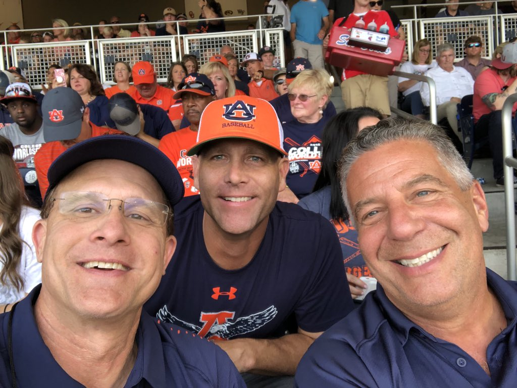 @CoachGusMalzahn's photo on Auburn