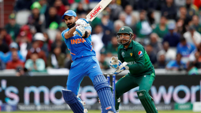 As a Pakistani🇵🇰 I`m your fan Virat Kohli.... Your mind set your team`s mind and your performance was out class vs Pakistan🇵🇰. Sorry🙁 to say that our cricket is not good as your best. Good luck for the upcoming matches of World Cup. From Pakistan with Love  #CongratulationsIndia