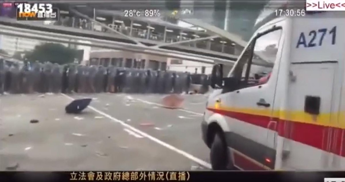 Photos doing the rounds in HK this morning: the first two show riot police lines refusing to let ambulances through, forcing them to turn around on 6/12. The second two show protesters parting for them on 6/15.