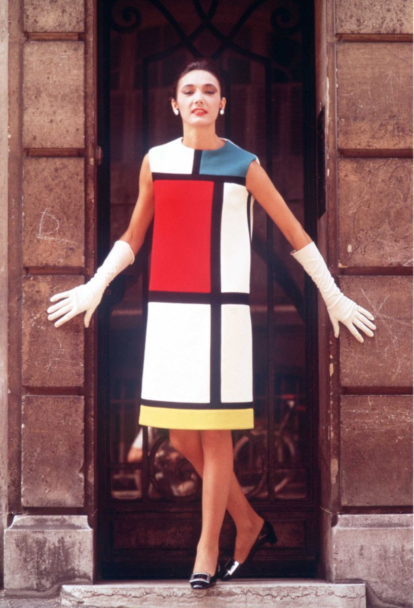 The Mondrian Collection by Yves Saint Laurent in 1965. <br>http://pic.twitter.com/Vezji47nNT